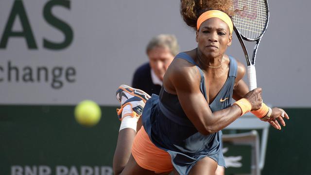 L'Américaine Serena Williams face à l'Italienne Sara Errani lors de la demi-finale du Tournoi de Roland Garros le 6 juin 2013 à Paris [Martin Bureau / AFP]