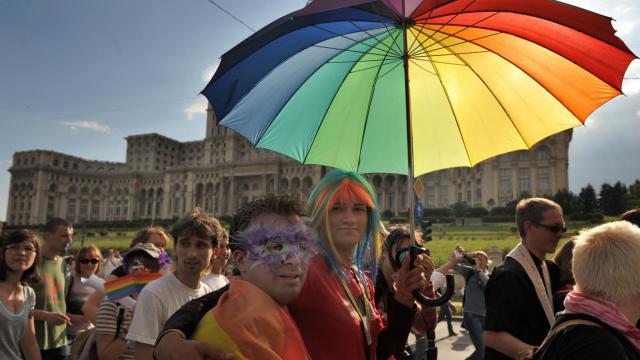 Manifestation d'homosexuels le 24 mai 2008 à Bucarest [Daniel Mihailescu / AFP/Archives]