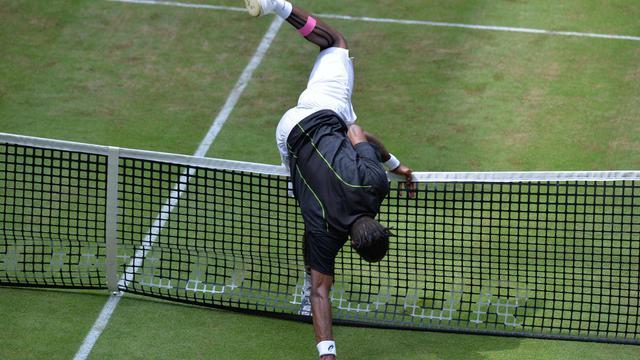 Le Français Gaël Monfils, lors du tournoi ATP sur gazon de Halle, le 14 juin 2013 [Carmen Jaspersen / AFP]