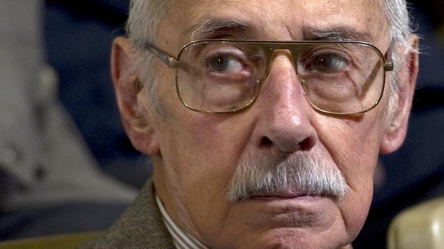 Jorge Videla, le 22 juillet 2010, lors de l'un de ses procès, à Cordoba, en Argentine [Juan Mabromata / AFP/Archives]
