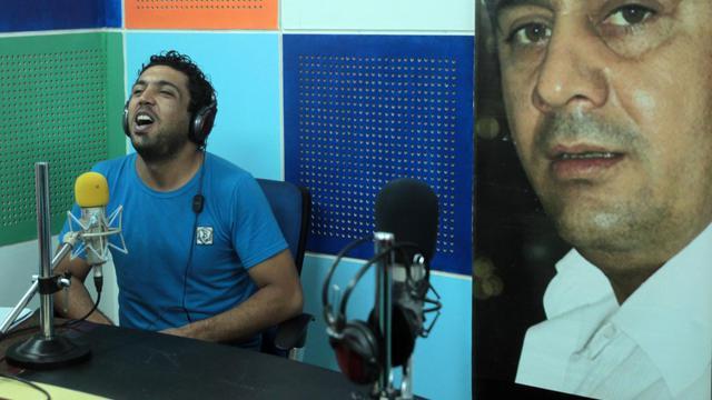 Il y a un an, le journaliste Hadi al-Mehdi, célèbre pour ses diatribes anti-gouvernementales, était assassiné à Bagdad. Depuis, l'enquête piétine, et militants et observateurs déplorent une détérioration de la liberté de la presse dans le pays.[AFP]