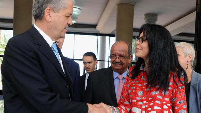 La ministre française de la Francophonie Yamina Benguigui, chargée de préparer la visite d'Etat du président François Hollande, est repartie samedi d'Algérie satisfaite de sa rencontre avec la nouvelle équipe ministérielle. [AFP]