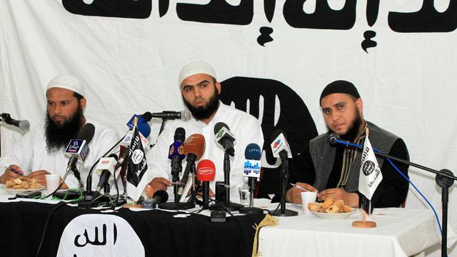 Seifeddine Raïs, porte-parole d'Ansar Ashariaa, groupe islamiste radical, le 16 mai 2013 à Tunis [Hosni Manoubi / AFP]
