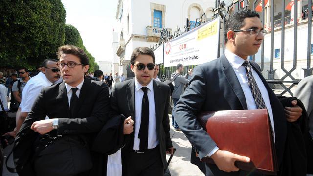 Les avocats des Trois Femen européennes à leur arrivée le 5 juin 2013 au tribunal à Tunis [Fethi Belaid / AFP/Archives]