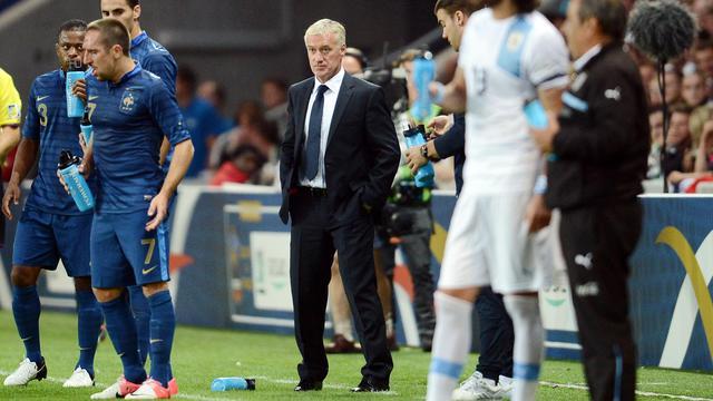 Didier Deschamps a entamé son mandat à la tête de l'équipe de France par un nul contre l'Uruguay (0-0), mercredi, un amical de rentrée qui lui a tout de même permis de lancer quelques nouveaux joueurs et de tester différents systèmes avant d'attaquer dans trois semaines les qualifications pour le Mondial-2014.[AFP]