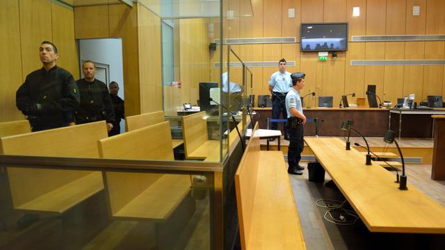 Les experts vont défiler à la barre cette semaine au procès de l'ancien chauffeur de taxi clandestin et violeur récidiviste Bruno Cholet, jugé à Paris pour le meurtre d'une jeune Suédoise qu'il continue de nier malgré les charges accumulées contre lui. [AFP]