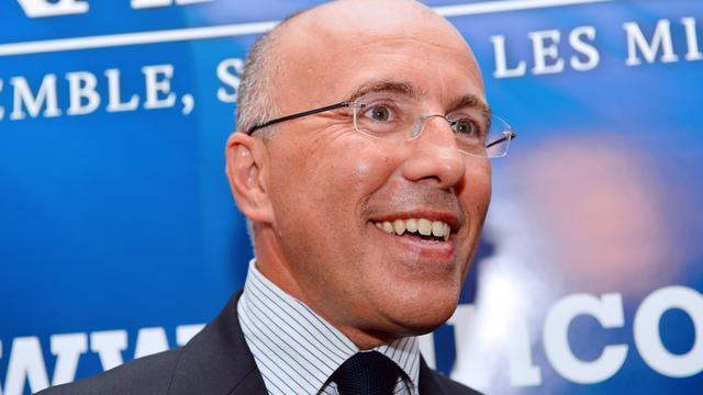 """Le député UMP des Alpes-Maritimes Eric Ciotti a appelé mardi l'ancien secrétaire général de l'UMP, Xavier Bertrand, à rejoindre les rangs des soutiens à la candidature à la présidence de l'UMP de François Fillon dont, dit-il, """"il partage beaucoup de convictions et de valeurs"""". [AFP]"""