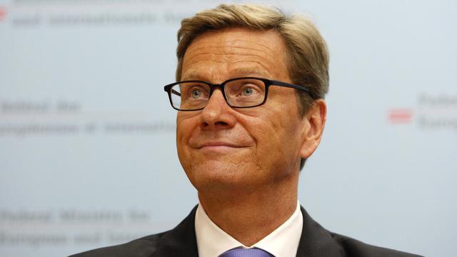 """Le ministre allemand des Affaires étrangères, Guido Westerwelle, a estimé mercredi à Vienne que l'assouplissement en 2004-2005 des critères de Maastricht sur le budget des pays membres de l'Union européenne a été une """"erreur historique"""".[AFP]"""