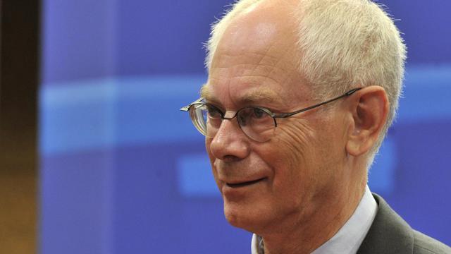 Les dirigeants européens, dont la président de l'Union européenne Herman Van Rompuy attendu mercredi à Paris, ont multiplié les déclarations rassurantes, à la veille d'une réunion très attendue de la Banque centrale européenne (BCE).[AFP]