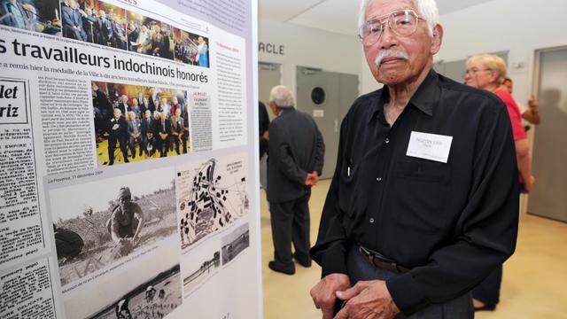 La ville de Sorgues a commémoré jeudi des événements longtemps occultés par la mémoire nationale: le recours à partir de 1939 à des milliers d'Indochinois, employés dans une poudrerie pour un salaire dérisoire et logés dans des camps très rudes. [AFP]