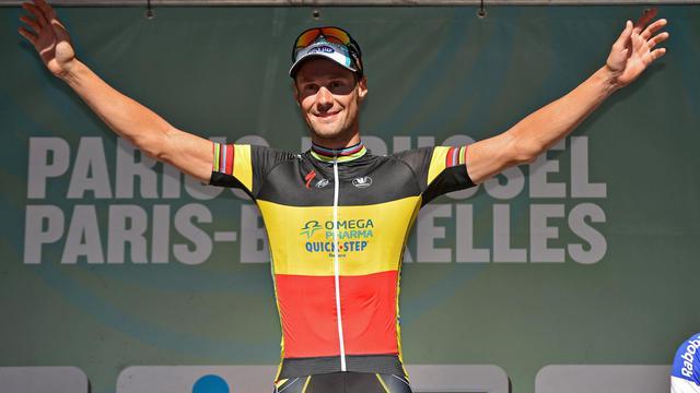Le Belge Tom Boonen (Omega Pharma) a remporté pour la première fois de sa carrière la semi-classique cycliste Paris-Bruxelles en devançant au sprint l'Australien Renshaw et l'Espagnol Freire, samedi à l'ombre du stade Roi Baudouin dans la capitale belge. [BELGA]