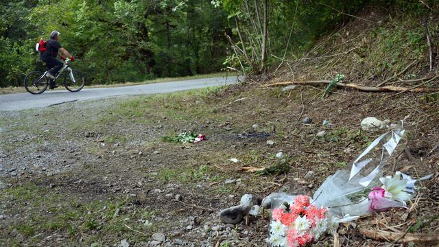Le cycliste de 45 ans abattu dans la tuerie de Chevaline (Haute-Savoie), Sylvain Mollier, un père de famille discret selon les habitants de sa ville savoyarde, fait figure de victime oubliée, alors que les corps devaient être rendus rapidement aux familles. [AFP]
