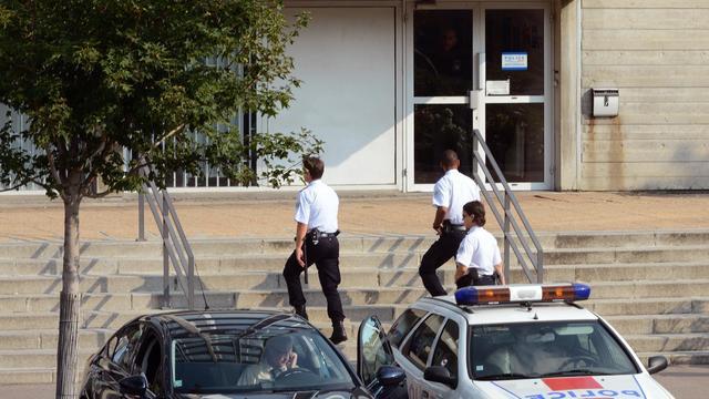 Sept policiers de la banlieue lyonnaise ont été placés en garde à vue mardi dans le cadre d'une enquête pour corruption, près d'un an après l'affaire Neyret qui avait ébranlé la police judiciaire de Lyon. [AFP]