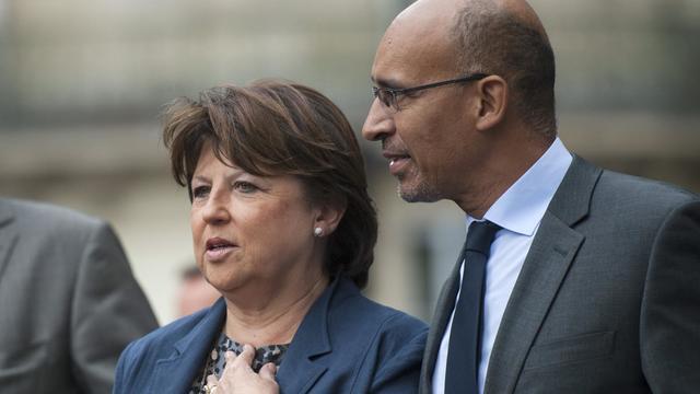 """Martine Aubry a annoncé jeudi sur France 2 qu'elle abandonnerait son poste de Première secrétaire du PS """"à la fin de la semaine"""" plutôt que d'y rester jusqu'au congrès d'octobre, laissant ainsi l'intérim à son successeur désigné Harlem Désir. [AFP]"""