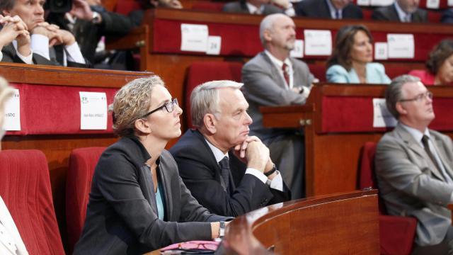 Delphine Batho et Jean-Marc Ayrault lors de la conférence environnementale le 14 septembre 2012 à Paris [Jacky Naegelen / POOL/AFP]