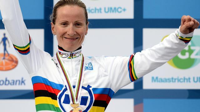 L'Allemande Judith Arndt, sacrée championne du monde du contre-la-montre, le 18 septembre 2012 à Valkenburg. [Franck Fife / AFP]