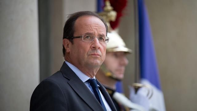 François Hollande sur les marches de l'Elysée, à Paris, le 18 septembre 2012 [Bertrand Langlois / AFP]