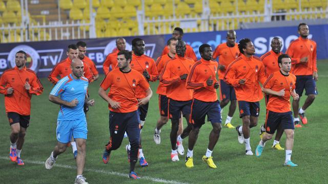 Les joueurs de l'Olympique de Marseille à l'entraînement au stade Sukru Saracoglu d'Istanbul, le 19 septembre 2012. [Bulent Kilic / AFP]