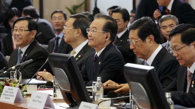 Le Premier ministre chinois Wen Jiabao (C) le 20 septembre 2012 lors sommet UE-Chine à Bruxelles [Thierry Charlier / AFP]
