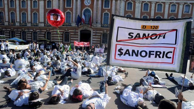 Des salariés de Sanofi manifestent à Toulouse, le 20 septembre 2012 [Pascal Pavani / AFP]