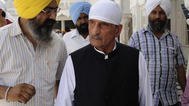 """Haji Ghulam Ahmed Bilour (c), le ministre qui a mis à prix la tête du réalisateur du film anti-islam """"L'innocence des musulmans"""",  le 19 mai 2011 à Amritsar, en Inde [Narinder Nanu / AFP/Archives]"""