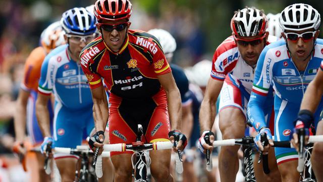 L'Espagnol Alberto Contador (centre) lors des Mondiaux de cyclisme à Valkenburg aux Pays-Bas, le 23 septembre 2012. [Franck Fife / AFP/Archives]