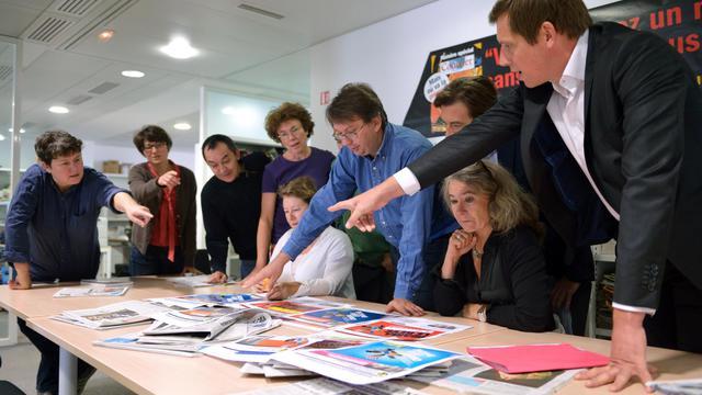 L'éqiupe de Courrier international le 19 septembre 2012 dans ses locaux parisiens [Eric Feferberg / AFP]
