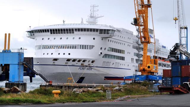 Un ferry amarré dans le port de Brest, dans l'ouest de la France, le 24 septembre 2012 [Fred Tanneau / AFP]
