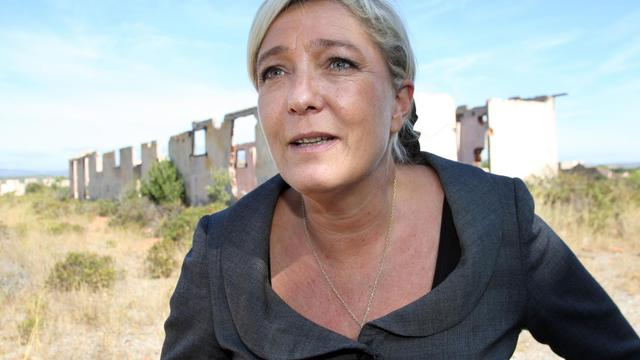 Marine Le Pen au camp de Rivesaltes, dans les Pyrénées-Orientales, le 25 septembre 2012 [Raymond Roig / AFP]