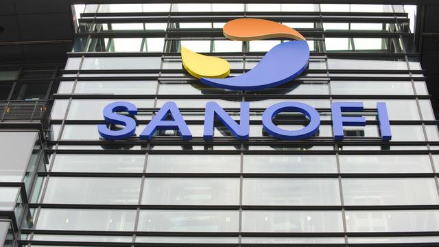 Un bâtiment du groupe Sanofi à Paris [Eric Piermont / AFP]