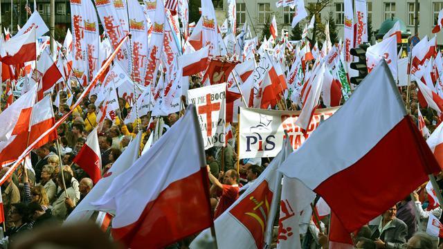 Des milliers de manifestants anti-gouvernement à Varsovie, le 29 septembre 2012 [Janek Skarzynski / AFP]