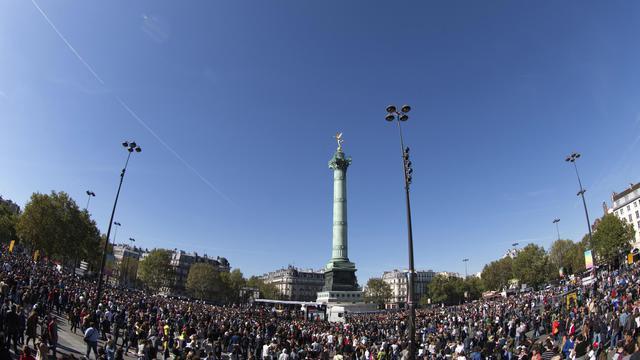 La Love Parade, place de la Bastille à Paris, le 30 septembre 2012 [Joel Saget / AFP]