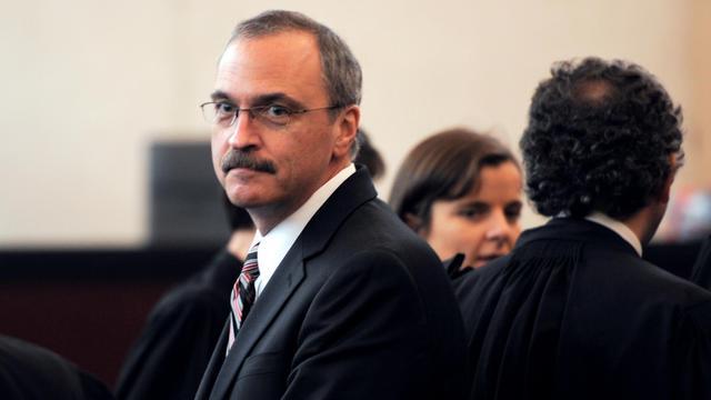 Le vice-président de Continental Airlines, Kenneth Burtt, le 2 février 2012 au tribunal de Pontoise [Martin Bureau / AFP/Archives]