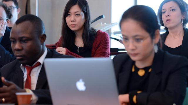 Des étudiants étrangers ayant rejoint la nouvelle promotion de l'Ena participent à un séminaire à Strasbourg, le 15 janvier 2013 [Patrick Hertzog / AFP]