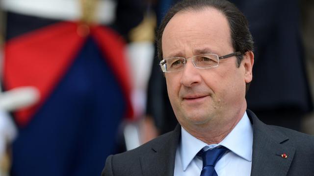 François Hollande le 16 mai 2013 sur le perron de l'Elysée à Paris [Eric Feferberg / AFP]