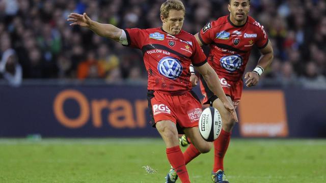 Le capitaine de Toulon Jonny Wilkinson (à gauche) lors de la demi-finale du Top 14 contre Toulouse le 24 mai 2013 à Nantes [Jean-Sebastien Evrard / AFP]