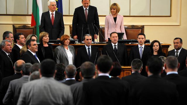 Plamen Orecharski est investi le 29 mai 2013 comme nouveau Premier ministre à Sofia [Nikolay Doychinov / AFP]