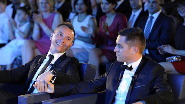 Vincent Autin  Bruno Boileau signent le registre des mariages le 29 mai 2013 à Montpellier [Boris Horvat / AFP]