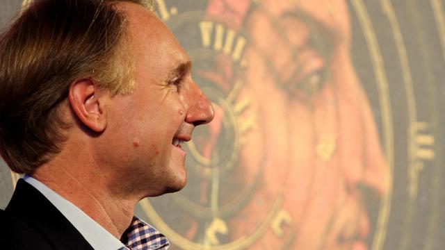 L'écrivain américain Dan Brown, lors d'une conférence de presse à Florence, le 5 juin 2013 [Claudio Giovannini / AFP]