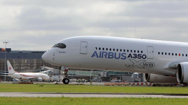 L'Airbus A350 décolle de l'aéroport de Toulouse Blagnac le 14 juin 2013 [Eric Cabanis / AFP]
