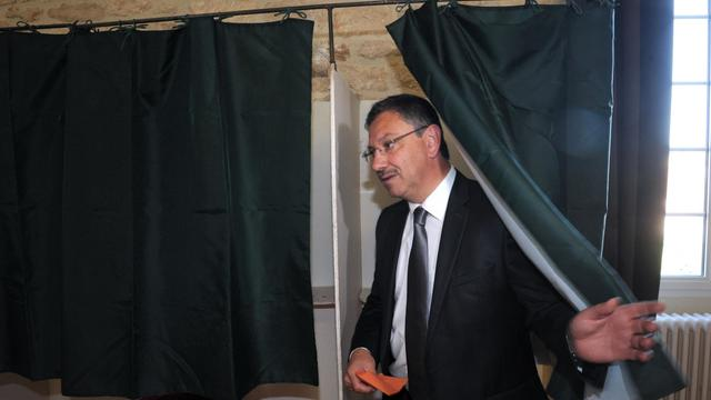 Le maire UMP de Fumel Jean-Louis Costes le 16 juin 2013 dans sa ville [Mehdi Fedouach / AFP]