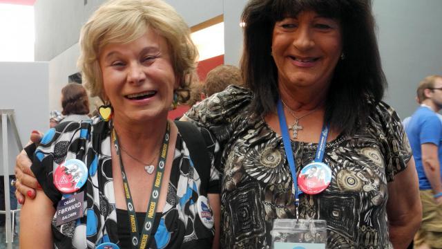 """De sa voix grave, Melissa Sklarz égrène les chiffres: """"six en 2004, huit en 2008, et nous sommes 13 aujourd'hui. C'est un record"""", se réjouit cette transsexuelle, déléguée à la convention démocrate américaine de Charlotte (Caroline du Nord). [AFP]"""