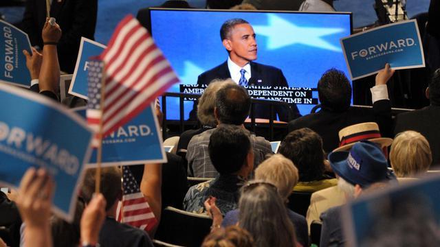 """Le président Barack Obama a reconnu jeudi que le slogan d'espoir sur lequel il avait été élu il y a quatre ans avait été """"mis à l'épreuve"""" mais promis aux Américains que le changement restait possible, en sollicitant leurs suffrages pour un second mandat. [AFP]"""