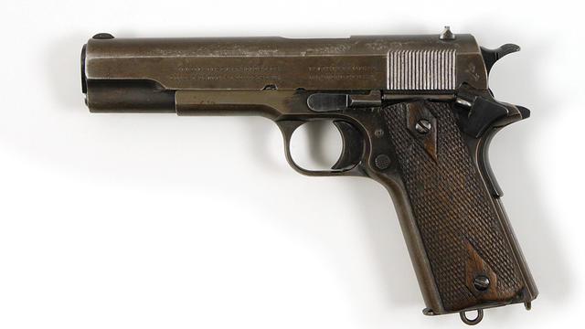 Le Colt Government 1911 de Clyde Barrow [ / RR Auction/AFP]