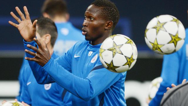 Le défenseur de Montpellier Mapou Yanga-Mbiwa lors d'une séance d'entraînement à Gelsenkirchen (ouest de l'Allemagne), le 2 octobre 2012. [Patrik Stollarz / AFP]