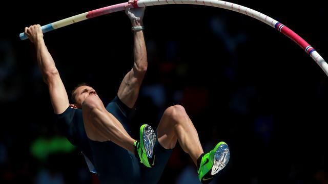 Le champion olympique Renaud Lavillenie, le 1er juin 2013 à Eugene dans l'Oregon pour la quatrième étape de la Ligue de diamant d'athlétisme [Jonathan Ferrey / Getty Images/AFP]