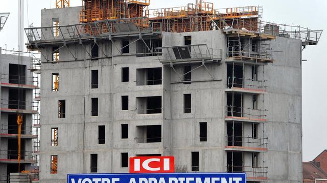 Un immeuble en construction le 30 janvier 2012 à Lille [Philippe Huguen / AFP/Archives]