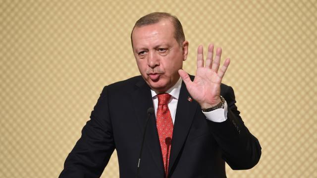Le président turc Recep Tayyip Erdogan lors d'une conférence de presse à Carthage en Tunisie, le 27 décembre 2017 [FETHI BELAID / AFP]
