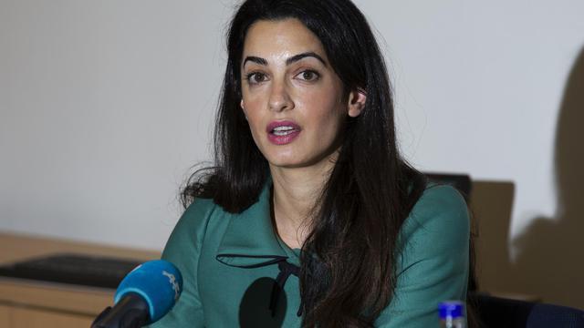 La juriste Amal Alamuddin lors d'une conférence de presse à Londres le 5 novembre 2012 [Justin Tallis / AFP/Archives]
