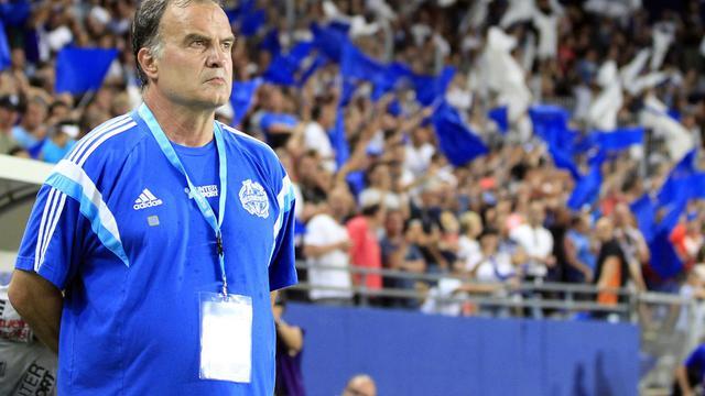 Le nouvel entraîneur de l'Olympique de Marseille Marcelo Bielsa lors du premier match de Ligue 1 2014/2015 de son équipe face à Bastia, en Corse le 9 août 2014  [Pascal Pochard Casabianca / AFP]